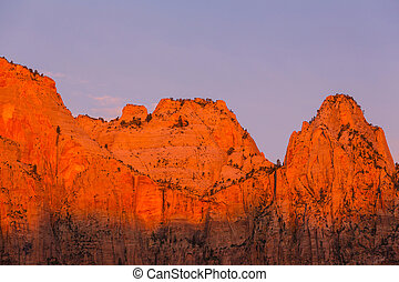 Zion - Hike in Zion National Park