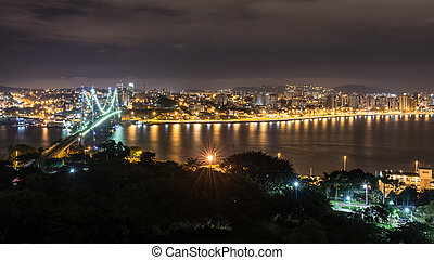 The Hercilio Luz Bridge at night, Florianopolis, Brazil. -...