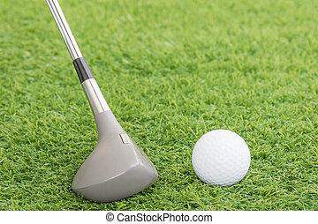 golf, balle, et, golf, club, sur, vert, herbe,