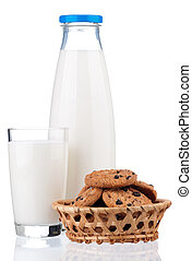 Milk and chocolate chip cookies