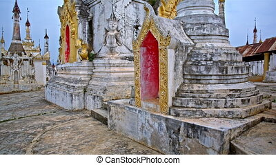 Thaung Tho temple panorama - Buddhist temple Thaung Tho on...