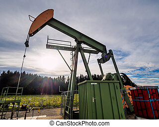 pump for extracting oil - oil pump for delivering oil from...