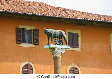 Statue of Romulus, Remus and Capitoline wolf in Pisa, Italy
