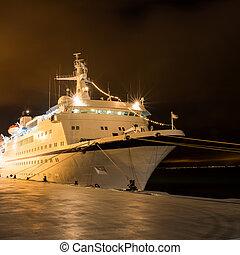 barco, crucero
