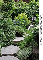 美麗, 四季不斷, 花園