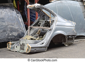 Cut used car body - Gas cut used car body for using as...