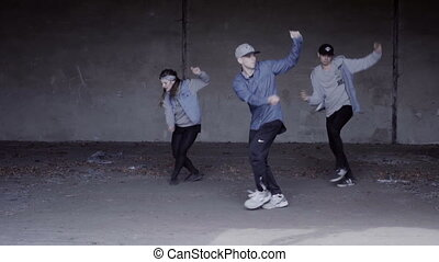 Young group dancing choreography - Video of active young...
