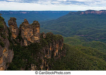 Three Sisters rock formation viewed from Echo Point lookout...