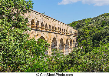 The aqueduct from Roman times Pont du Gard