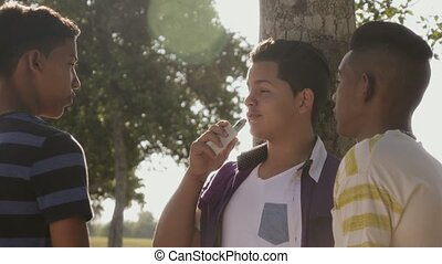 1-Teenagers Boys Smoking E-cig Electronic Cigarette