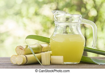 sugar cane juice - Fresh squeezed sugar cane juice in...