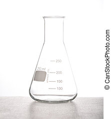 Erlenmeyer flasks Chemical laboraory glassware for 500 mL...