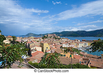 elba island is a beautiful place in Italy