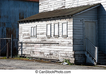 Packing Shed - An old and dilapidated produce packing shed