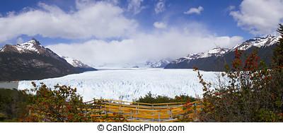 Above boardwalk, Perito Moreno Glacier, Los Glaciares...
