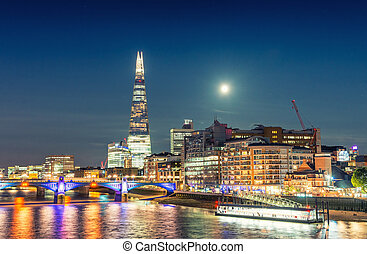 London night cityscape around Southwark, on the south bank...