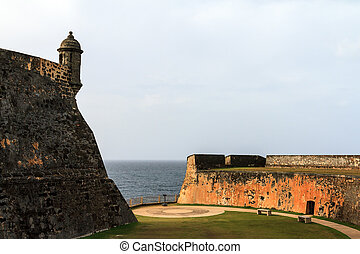 Cristobal sentry - Beautiful view of the large outer wall...