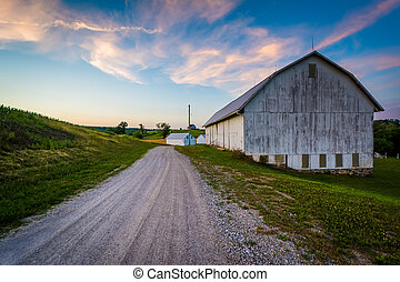 Barn along a dirt road at sunset, near Seven Valleys in rural York County, Pennsylvania.
