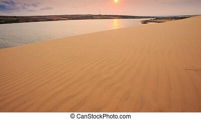 Tourist Walks along Dune to Lake in White Sand Dunes -...