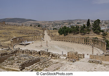 Forum (Oval Plaza) in the ancient Roman city of Gerasa, Jerash, Jordan.