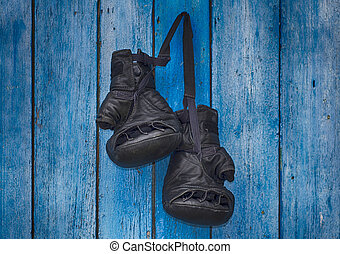 pair of gloves for Thai boxing - pair of black gloves for...