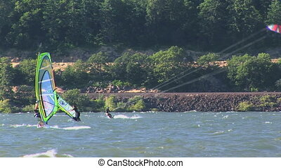 Windsurfing - Wind surfers and kite surfers on the Columbia...