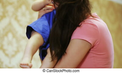 Crawling on floor children - Mom catches crawling baby and...