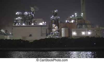 Night view of factories in Kawasaki - Viewing factories at...