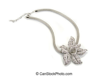 Flower shaped pendent with a silver chain