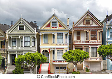 Painted Ladies - San Francisco Victorian houses in Alamo...