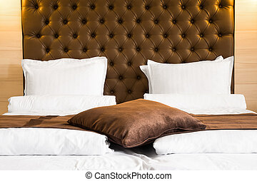Luxury queen-size bed with upholstered headboard - Luxury...
