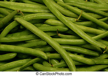 Close-up of uncut string beans