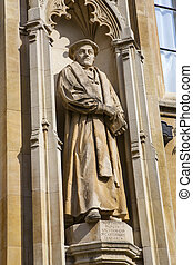Matthew Parker Statue at Corpus Christi College - A statue...