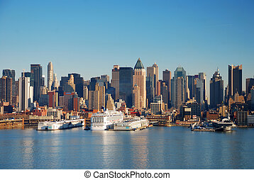 URBAN CITY SKYLINE, NEW YORK CITY - Urban City Skyline, New...
