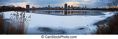 Central Park Panorama, New York City - Central Park Panorama...