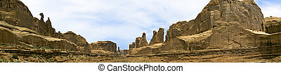 Park Avenue Panorama, Arches NP - Panorama of Park Avenue,...