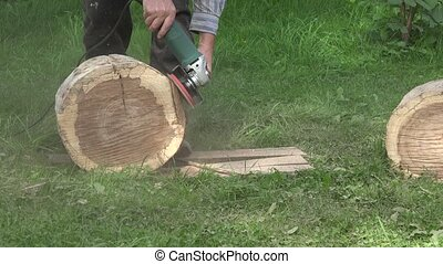 Sanding trunk log Closeup 4K - Sanding trunk log Carpenter...