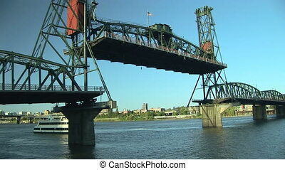 Drawbridge, time lapse - Steel Bridge raising in Portland,...