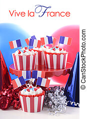 Happy Bastille Day cupcakes. - Happy Bastille Day cupcakes...