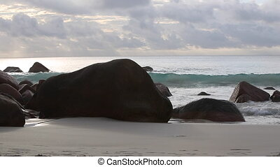 Typical coast Anse Lazio, Praslin - Typical coast of Anse...