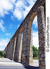 Arches of aqueduct, Evora, Portugal