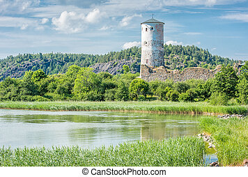 Summer in Sweden - The bay of Slatbaken and Stegeborg Castle...