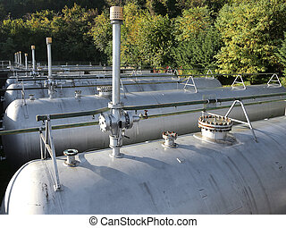 gas pressure vessels for the storage of flammable natural gas