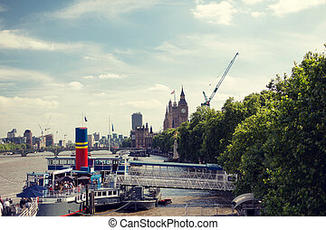 Houses of Parliament and Westminster bridge - England,...