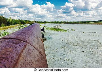 Rusty pipeline to the horizon