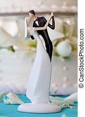 Wedding cake and topper - Wedding cake topper