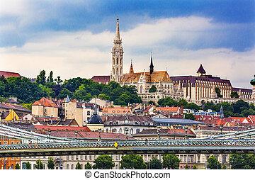 Chain Bridge Lion Matthias Church Budapest Hungary - Chain...