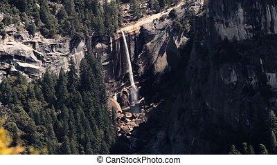 wasserfall, in, Yosemite, Nationalpark, vereint, Staaten