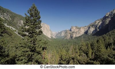 Yosemite Nationalpark, United States - Graded and stabilized...