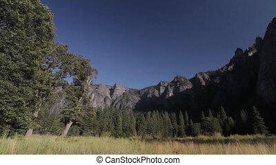 Cathedral Rocks, Yosemite Nationalpark, United States - Flat...